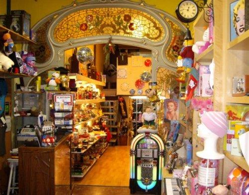 Orient express simp ticas ideas para regalo en barcelona for Vaciado de locales en barcelona