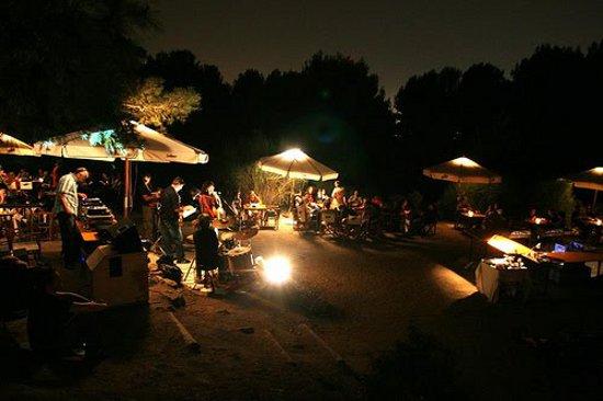 Noche sitio de citas baile