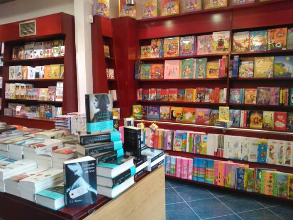 Top books abre una nueva librer a en bilbao for Libreria nautica bilbao