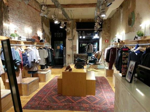 N32: moda y complementos a la última en la calle Ledesma  DolceCity.com