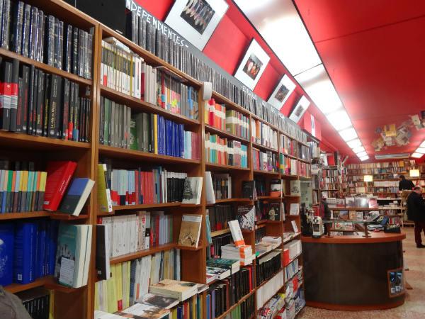 5 librer as con encanto en bilbao for Libreria nautica bilbao