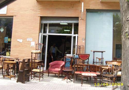 El Mercadillo Inglés, muebles antiguos de importación en Sevilla  DolceCity.com