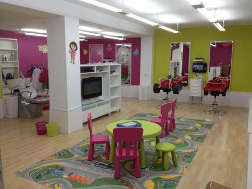 Kokolook una divertida peluquer a infantil en sevilla - Ideas para decorar una peluqueria ...