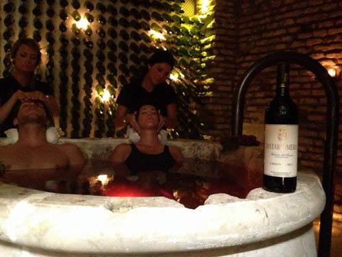 Aire de sevilla presenta el tratamiento de ba o de vino - Spa banos arabes sevilla ...