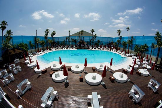 Este verano vive las pool party de ocean club sevilla for Club con piscina en sevilla