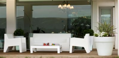 Vondom muebles de jard n y decoraci n en valencia for Muebles jardin valencia
