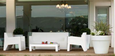 Vondom muebles de jard n y decoraci n en valencia for Muebles de jardin valencia