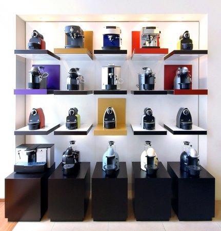 Nespresso abre tienda en el centro comercial aqua de valencia - Solde machine a cafe ...