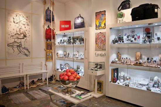 Trendy room sneakers y complementos en valencia - Mobiliario infantil valencia ...