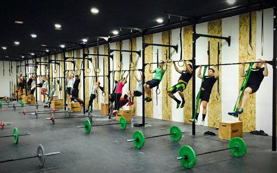 Crossfit vlc el deporte m s intenso en las mejores for Gimnasio denia