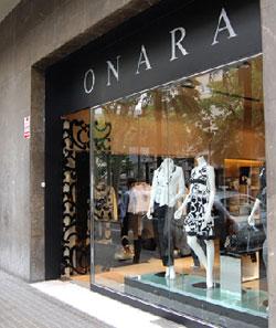 6bfabacaafe1b ONARA  Moda práctica y elegante para la mujer urbana