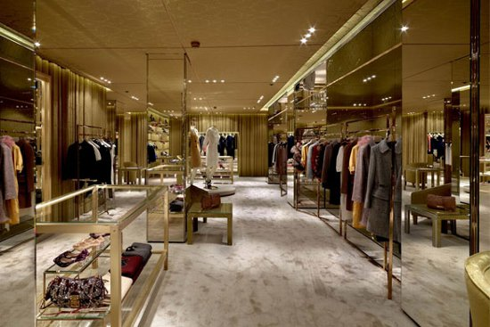 Miu miu abre tienda en barcelona el para so en la tierra for Donde puedo comprar espejos