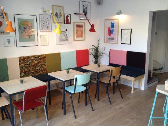 Caf Cometa Un Nuevo Oasis En El Barrio De Sant Antoni De