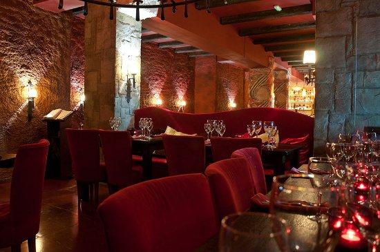 Los 5 mejores restaurantes rom nticos de barcelona for Bar jardin barcelona