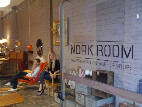 noak room: muebles vintage escandinavos y decoración en barcelona