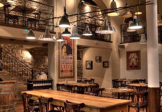 Restaurante La Puntual Una Bodega Actualizada Con Tapas
