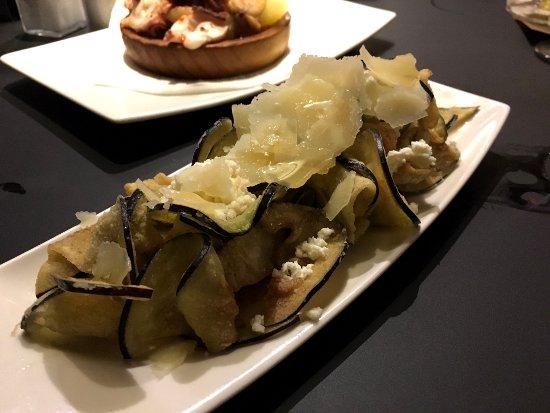 Restaurante la flauta cocina catalana en formato tapas y for Restaurante cocina catalana barcelona