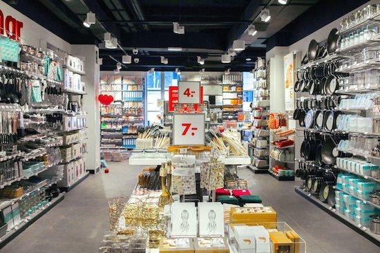 HEMA  Descubre en Barcelona la marca holandesa de productos para el ... 7f9dfb0f769