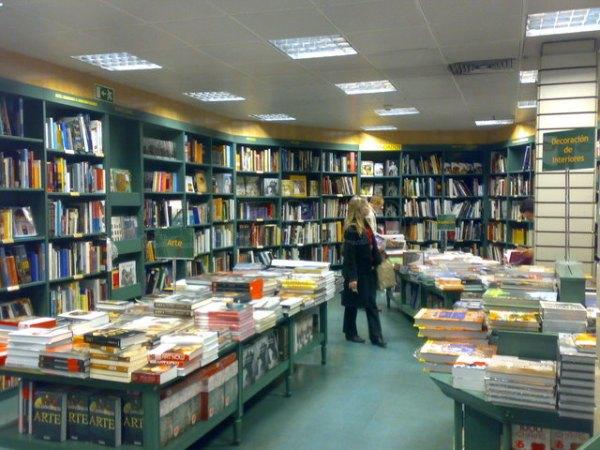 Casa del libro de bilbao feliz d a del libro for Libreria nautica bilbao