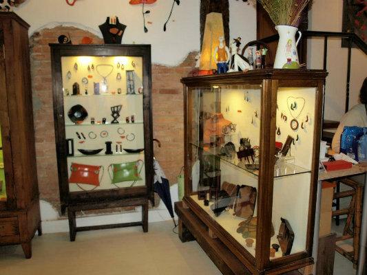 9aad8493f156 En este nuevo taller encontraréis la joyería artesana de Platinela