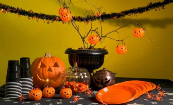 Celebra halloween 2013 en bilbao - Decoracion mesa halloween ...