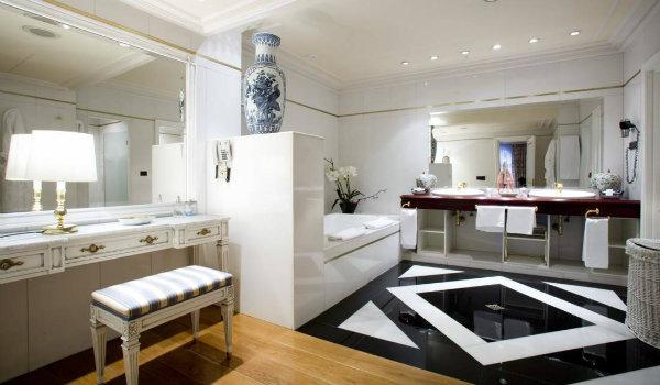 Los 5 mejores hoteles de bilbao for Hoteles en bilbao con piscina