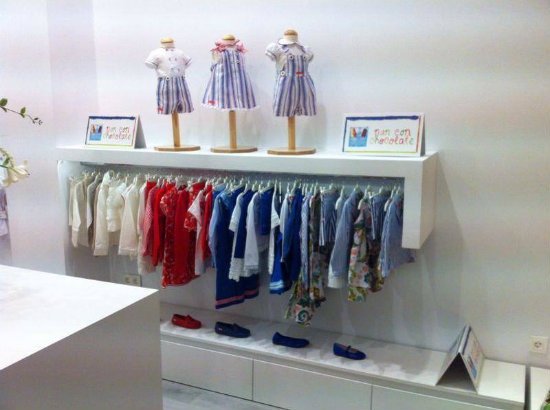555b1124e Sus diferentes colecciones se dividen en dos  las de ropa para bebé (desde  los 3 meses hasta los 4 añitos) y las de ropa infantil (desde los 2 años a  los ...