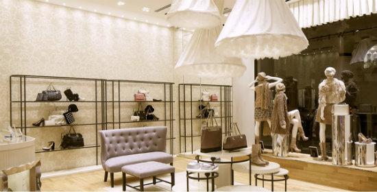 Twin set elegancia italiana de los pies a la cabeza en su nueva tienda de bilbao - Tiendas sillones barcelona ...