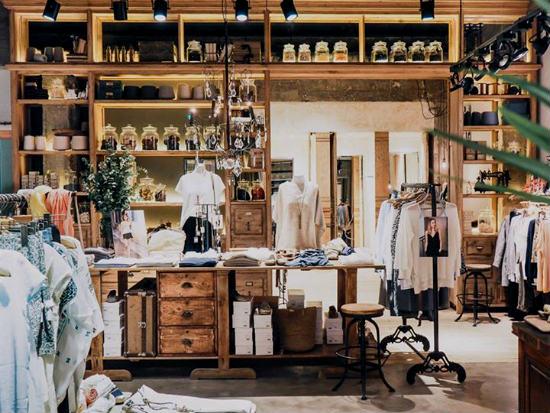 Tiendas Muebles Bilbao : Ese o moda femenina cómoda natural y chic en bilbao