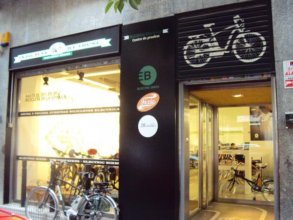 In bicycle we trust mu vete por madrid en bici el ctrica for Habitacion wordreference