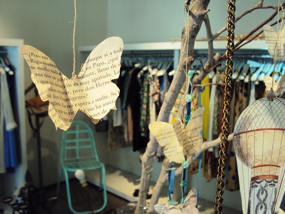 Muebles vintage de francisco segarra en oliphant for Decoracion de negocios de ropa