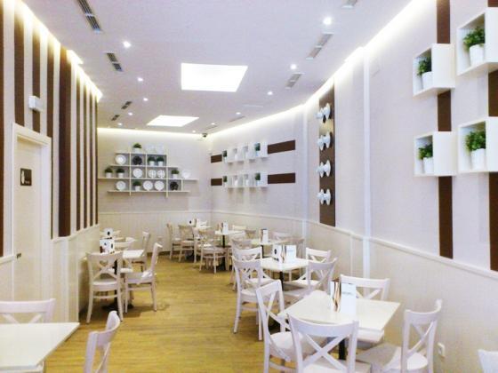 Woom En Madrid Pasteleria De Diseno Junto A Plaza De Castilla - Diseo-cafeterias-modernas