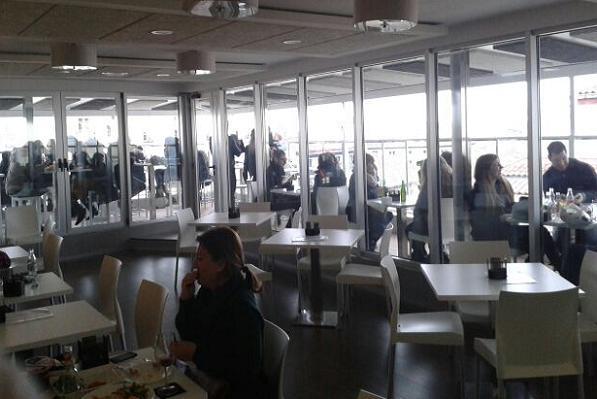 Casa granada tapas y cervecitas con las mejores vistas de for Casa de granada terraza madrid