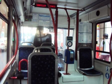 Un recorrido en microb s el autob s m s peque o de madrid for Oficina de transporte madrid