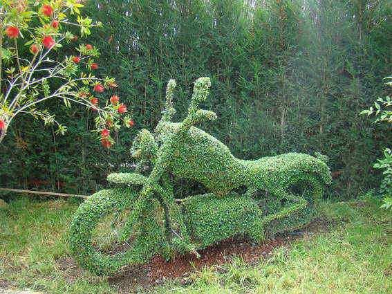 Saca el ni o que llevas dentro en el bosque encantado de madrid - Jardin encantado madrid ...