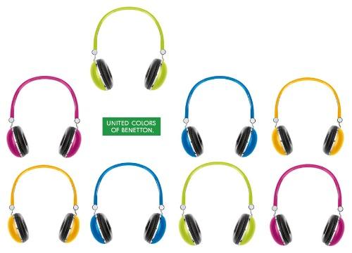 Miseria cómo La ciudad  Nuevos accesorios de BENETTON: ¡modernízate con sus auriculares! |  DolceCity.com