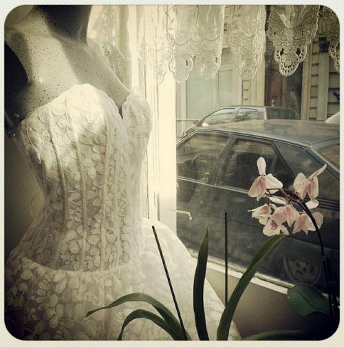 fortunée, accesorios y vestidos de novia de segunda mano, en parís
