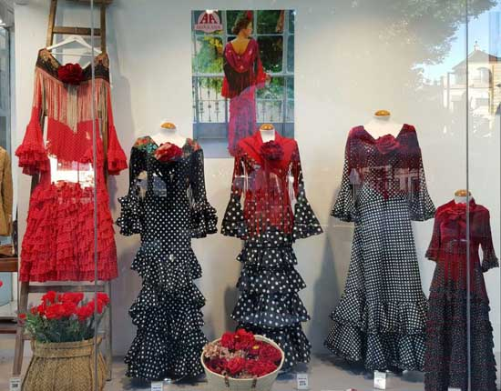 Do a ana trajes de flamenca low cost en sevilla - Outlet telas madrid ...