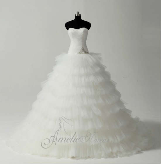5 tiendas diferentes de vestidos de novia en valencia, según tus